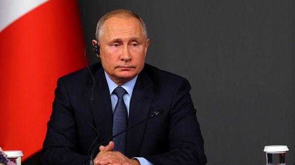 بوتين قد يبحث انسحاب أمريكا من الاتفاق النووي مع ترامب في باريس