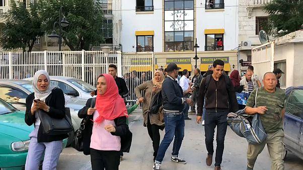 9 إصابات بينهم 8 من الشرطة في تفجّير انتحاري نفذته امرأة في تونس