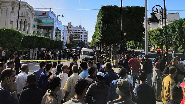 Женщина подорвала себя в центре столицы Туниса