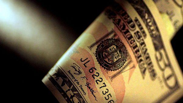 پیشروی دوباره دلار؛ خواب بازار ارز آشفته شد