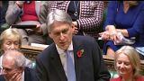 Hammond ismertette az új brit költségvetés tervezetét
