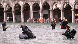 شمار قربانیان سیل و طوفان در ایتالیا به ۱۱ نفر رسید