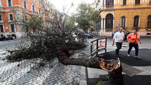 Ascienden a diez los muertos por el temporal en Italia