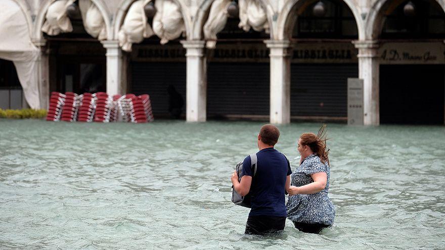 Wetterchaos in Europa - Venedig unter Wasser