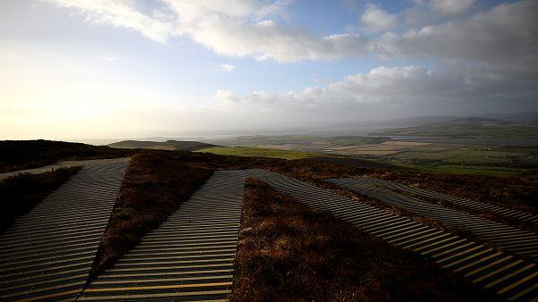 Brexit-Verhandlungen: Theresa May besucht Grenze in Nordirland