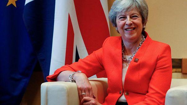 Brexit: Theresa May in Austria cerca il dialogo