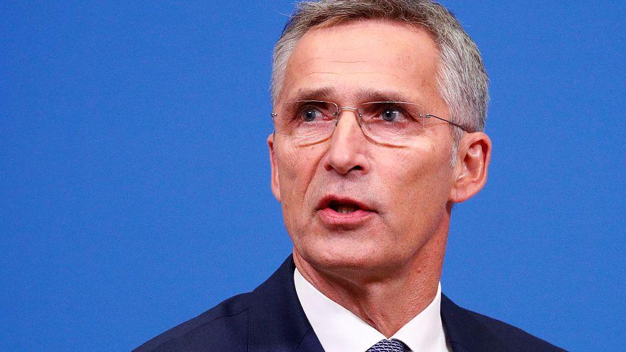 الناتو يدعو روسيا للالتزام باتفاق القوى النووية متوسطة المدى