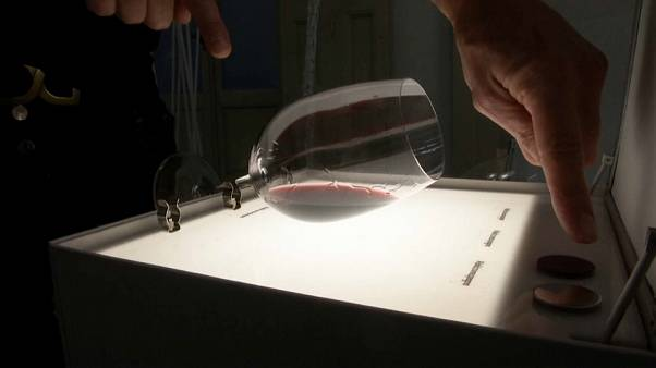 Il vino passa sotto i raggi X