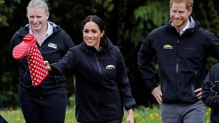 Meghan beats Harry in New Zealand 'welly-wanging' competition