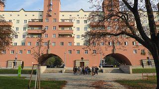 Wohnen in Wien: Werden die Mieten für fast 2 Mio. bald günstiger?