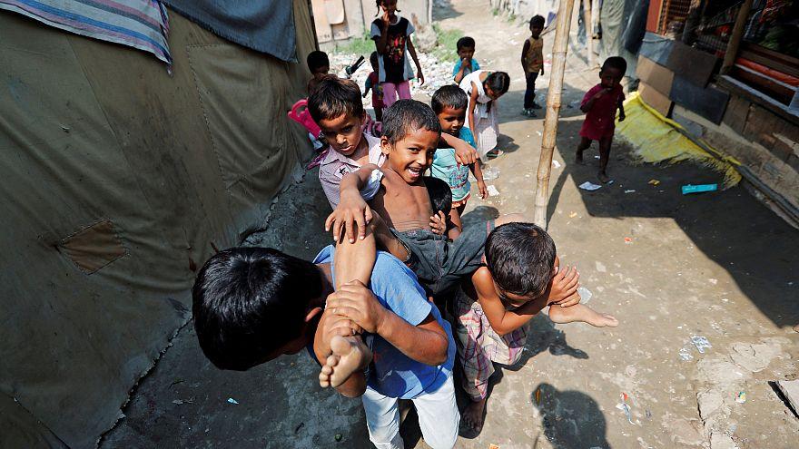Rohinyalı sığınmacıların bir kısmı da Hindistan'daki kamplarda kalıyor