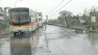 Filipinler'de bu yılki 18'inci tayfun: En az 7 kişi hayatını kaybetti