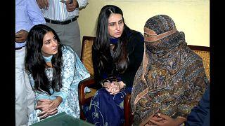 Pakistan Yüksek Mahkemesi'nden İslam'a hakaret davasına beraat kararı
