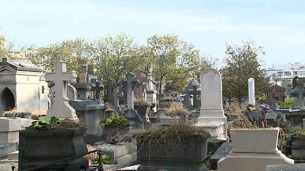 На кладбищах Парижа нет мест