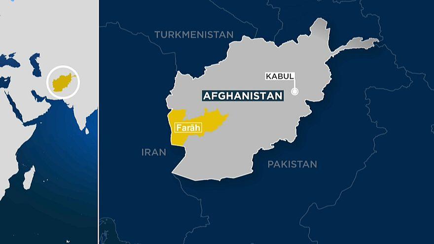 Al menos 25 muertos, incluidas autoridades, al estrellarse un helicóptero militar en Afganistán