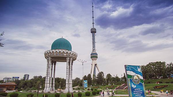 Özbekistan: Muhalif gazeteciler ifade özgürlüğünün artmasından umutlu