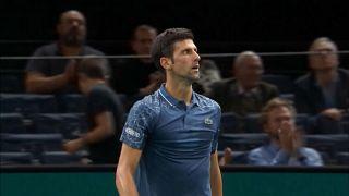 Djokovic desfaz-se de João Sousa no Masters 1000 de Paris
