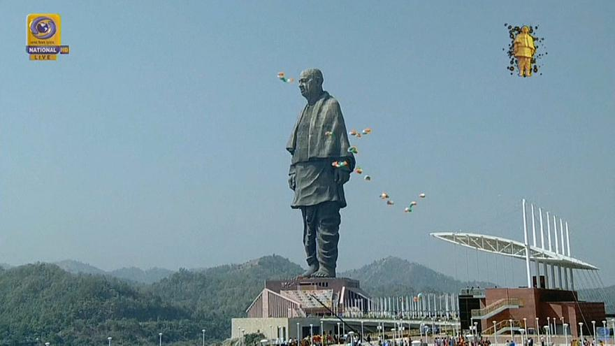 La 'Estatua de la Unidad' reina en la India