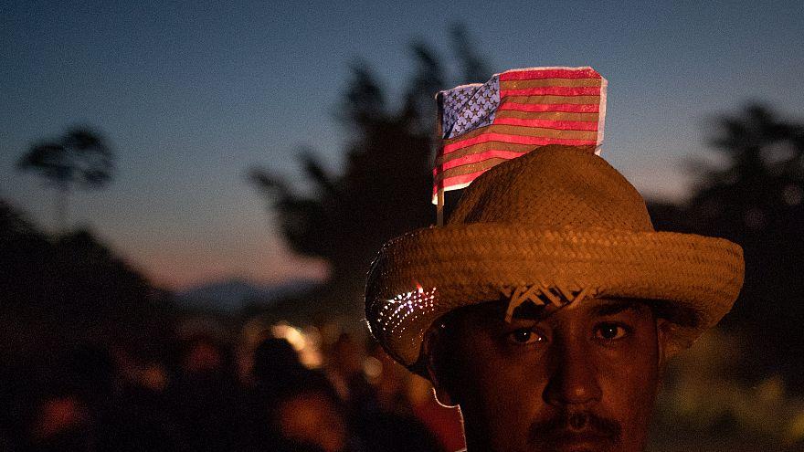 Trump: Göçmen kervanını durdurmak için 15 bin asker ABD-Meksika sınırına gidebilir