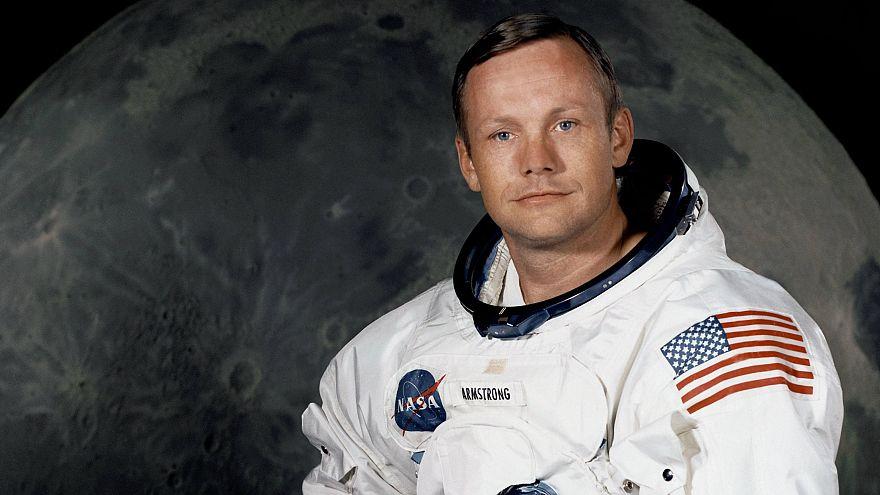 Coleção pessoal de Neil Armstrong leiloada