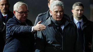 Глава Кубы приехал за помощью в Москву
