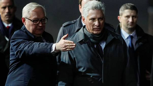 Σε Ρωσία και Κίνα «κλείνει το μάτι» η Κούβα