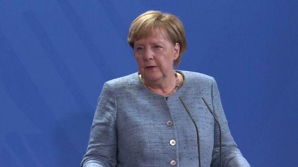 Angela Merkel and Polish counterpart meet amid growing tensions