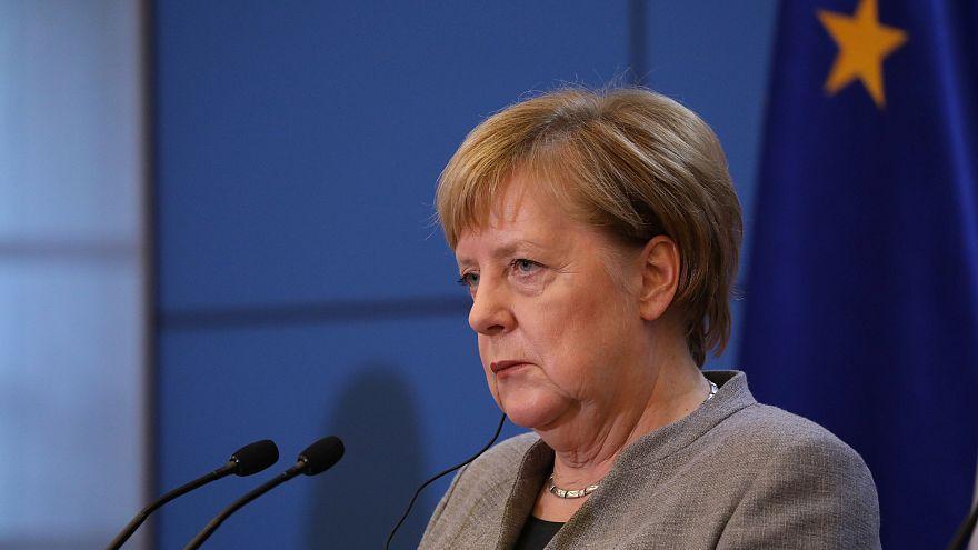 Merkel: Európa béna kacsája