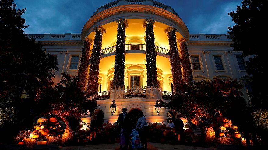 İspanya'nın yeni korku parkı; su altı kabak oyma yarışması; Beyaz Saray'da cadılar bayramı