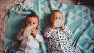 Italia regala tierras por hijos y otras inauditas ideas para incentivar la baja natalidad europea