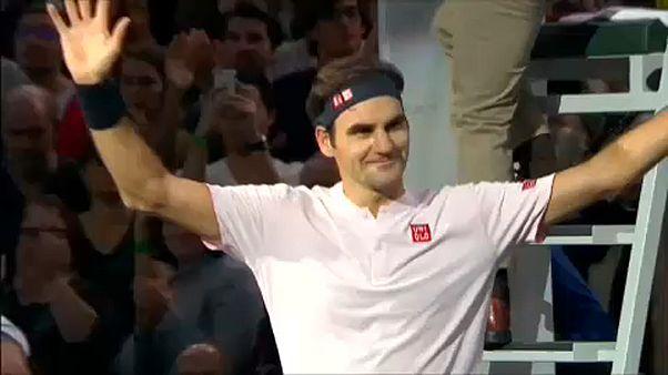 Federer negyeddöntős Párizsban