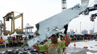 «مسافران پرواز قبلی هواپیمای سقوط کرده اندونزی وحشتزده بودند»