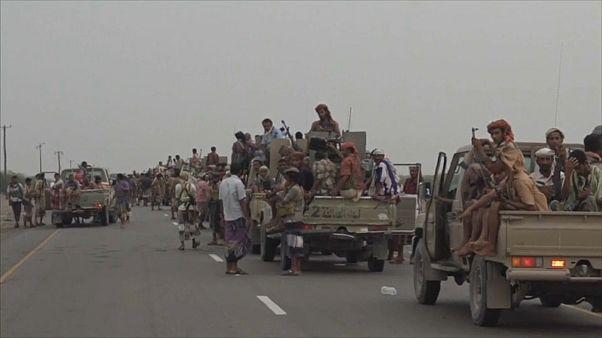 بالرغم من التحذيرات الدولية التحالف بقيادة السعودية يشن حملة على الحديدة