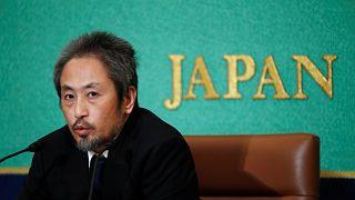 """الصحفي الياباني الذي كان مختطفا بسوريا: اعتنقت الإسلام """"لأتمكن من الحركة 5 مرات"""""""