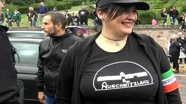 """""""Auschwitzland"""" állt a neofasiszta tüntető pólóján"""