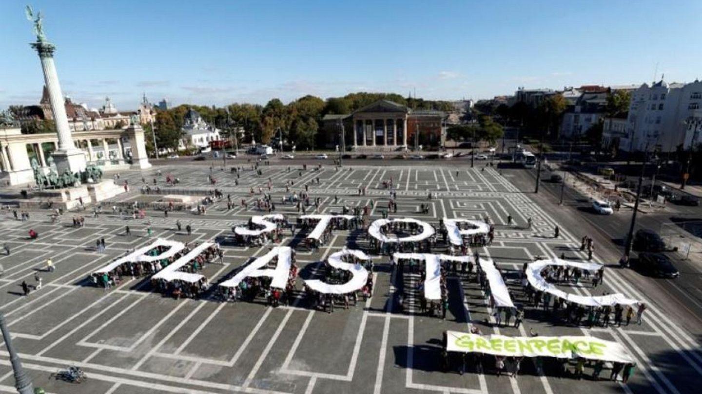 Coca-Cola, H&M and Nestle pledge to cutdown on plastic waste
