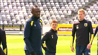 Bolt no será futbolista profesional