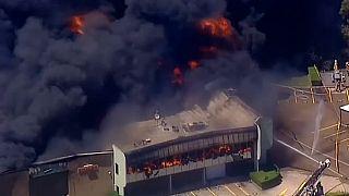 احتراق مجمع صناعي غرب سيدني أستراليا 03-11-18