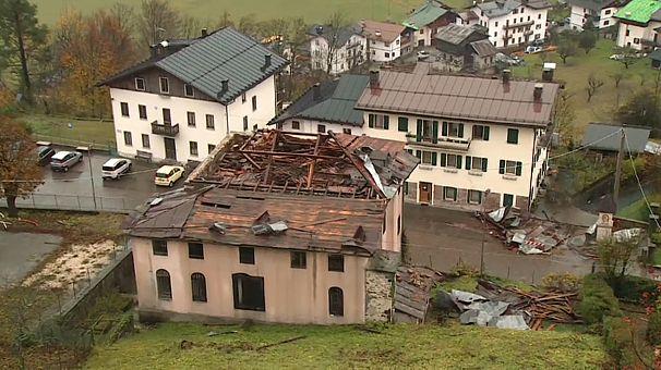 Schwere Unwetter in Italien:Neun Leichen aus geflutetem Haus geborgen