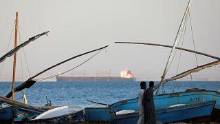 """""""İran ambargoyu delmek için tankerleri görünmez kılıyor"""""""