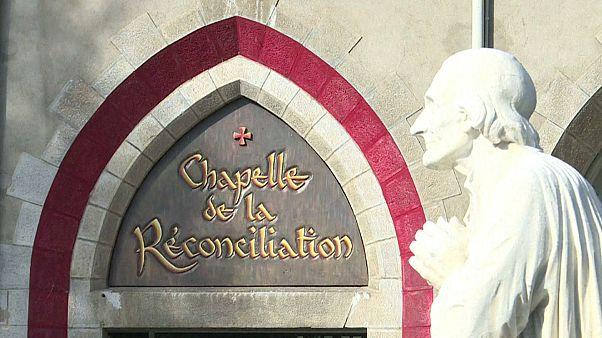 Frankreichs Bischöfe treffen Missbrauchsopfer
