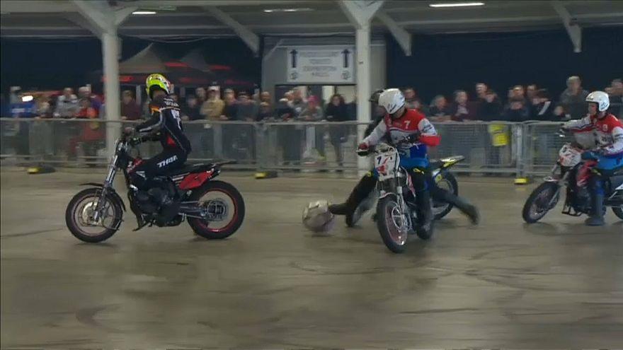 """""""Motoball"""": o encontro entre motas e futebol"""