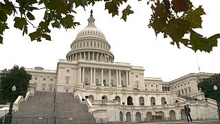 High turnout is forecast for the US midterm elections