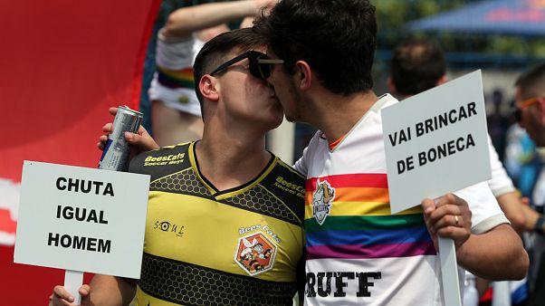 Liga gay de futebol promete resistir a Bolsonaro