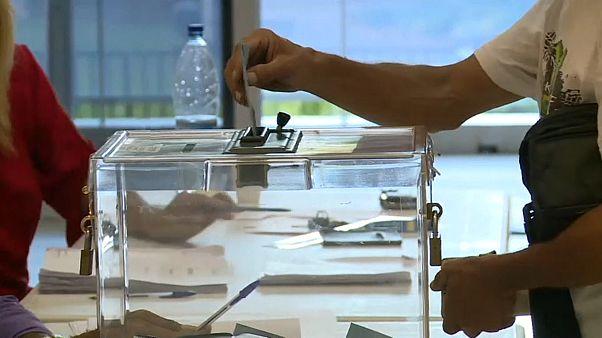Neukaledonien stimmt gegen Unabhängigkeit von Frankreich