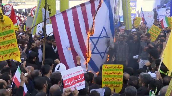 Teheran: Tausende protestieren gegen die Fortsetzung der US-Sanktionen