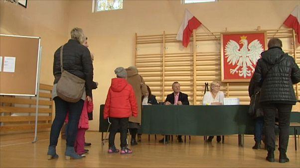 2. Wahlrunde in Polen: Städte fallen an die Opposition