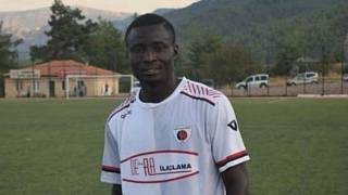 Maçta kalp krizi geçiren Sarayköyspor'un Nijeryalı forveti hayatını kaybetti