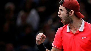 Tennis : le Russe Khachanov remporte le Masters 1000 de Paris en battant Djokovic