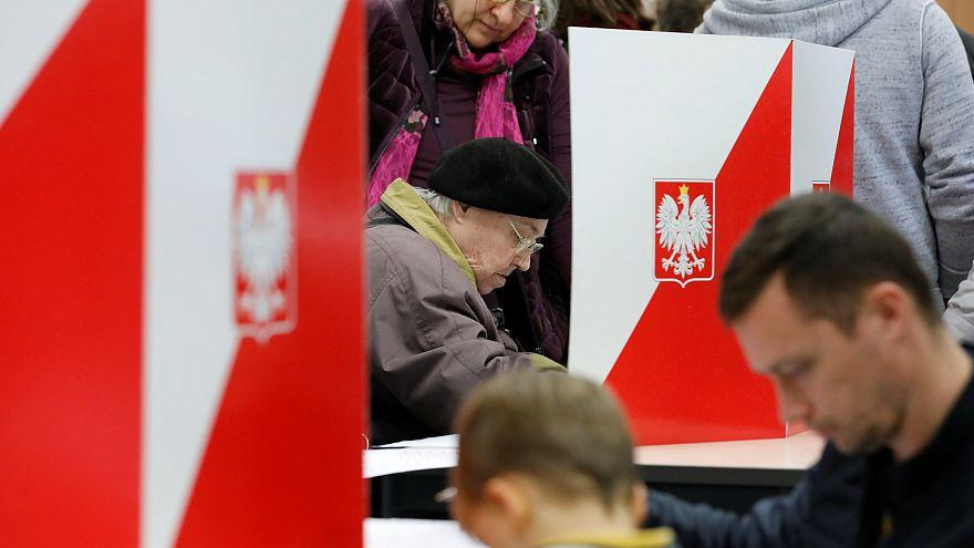 Польша: оппозиция берёт города